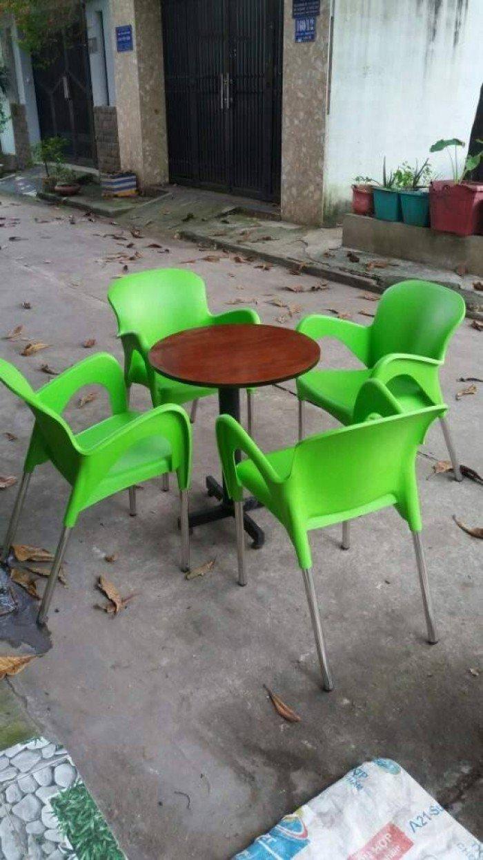 bàn ghế cafe nhựa đúc giá rẻ nhất9