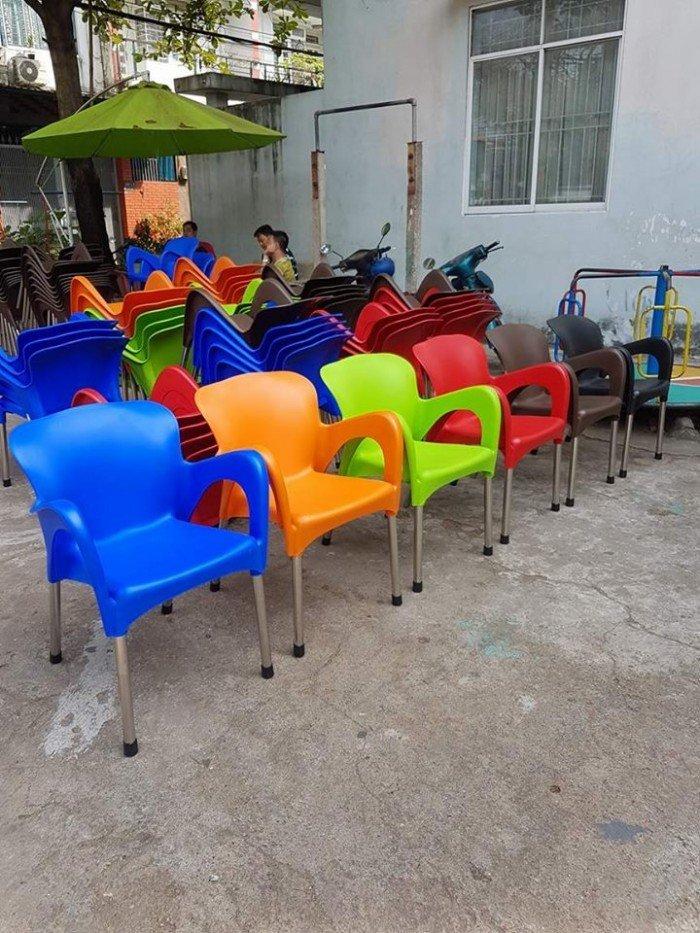 bàn ghế cafe nhựa đúc giá rẻ nhất7
