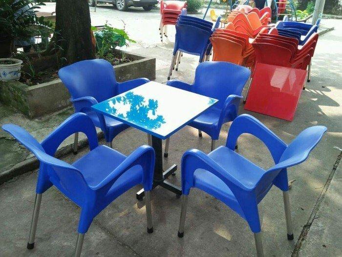 bàn ghế cafe nhựa đúc giá rẻ nhất3