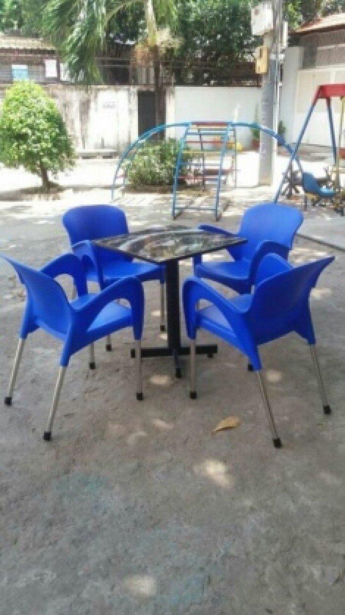bàn ghế cafe nhựa đúc giá rẻ nhất2