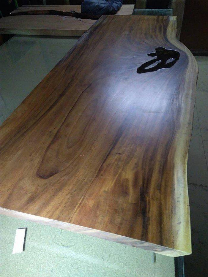 Bàn mặt gỗ me tây chân sắt2