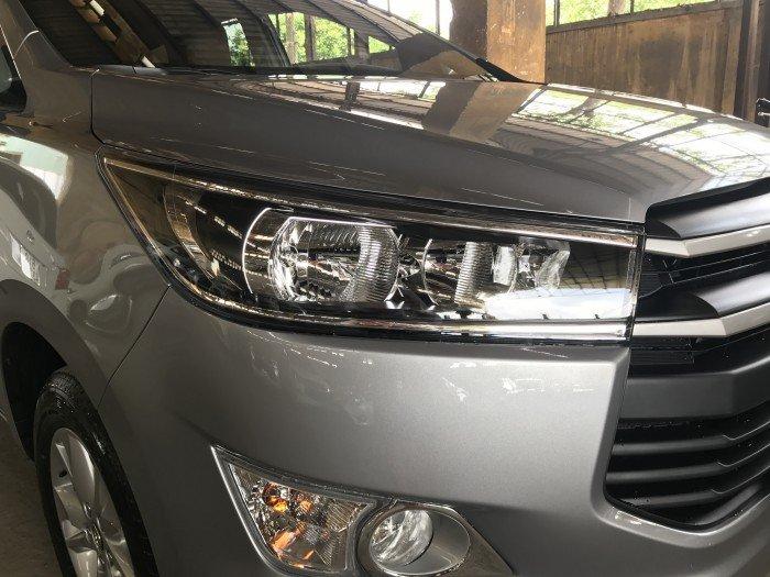 Bán xe Toyota Innova 2.0G số tự động 2018 màu bạc, xe giao ngay, giá cạnh tranh, hổ trợ vay 80%