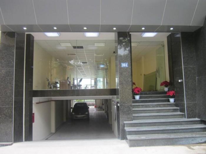 Cho thuê nhà MT Sư Vạn Hạnh, Quận 10. DT: 4.3X11M, 3 lầu, giá: 40 triệu/th tl