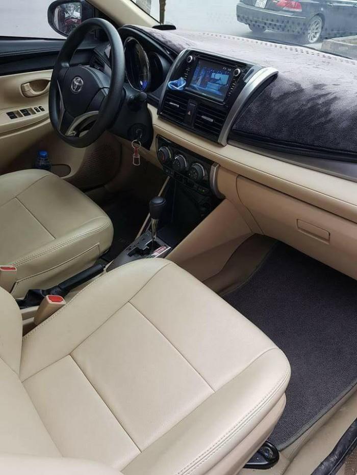Cần bán xe Toyota Vios E 2016 số tự động màu bạc chính chủ đập thùng 3