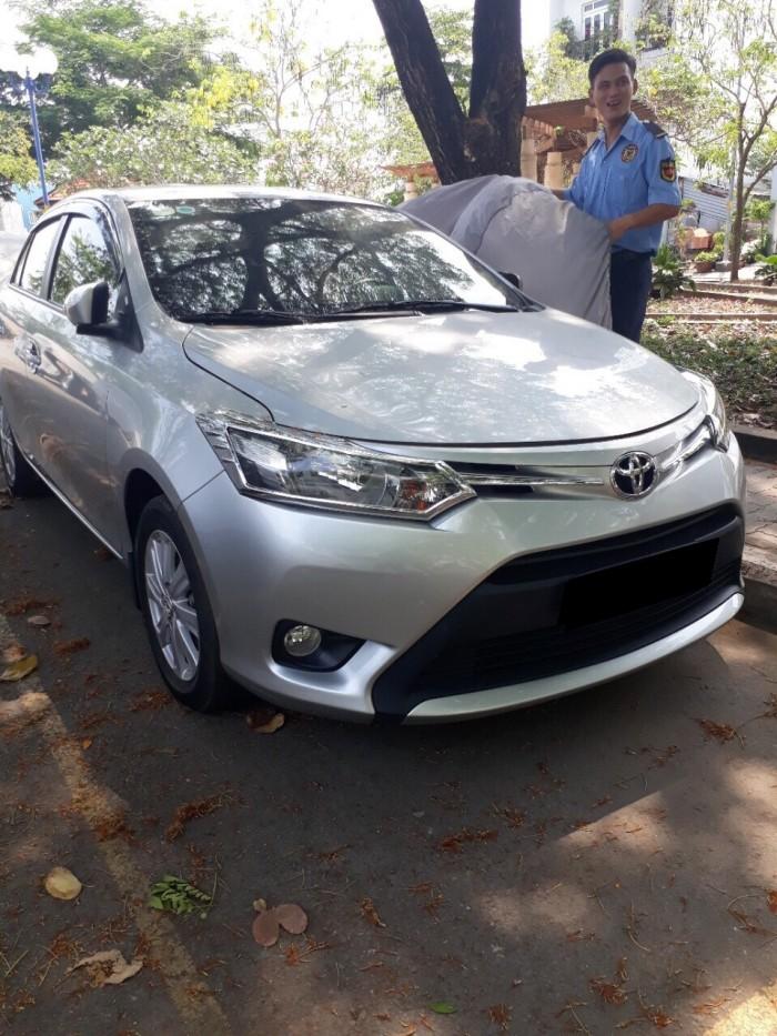 Cần bán xe Toyota Vios E 2016 số tự động màu bạc chính chủ đập thùng 4