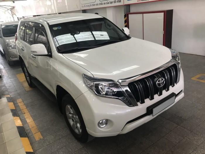 Bán gấp chiếc ToyotaPrado 2015 tự động trắng xe nhập Nhật nguyên chiếc.