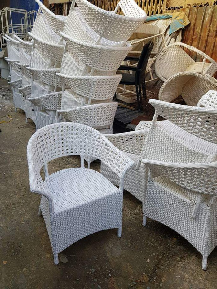 Bàn ghế cafe phong cách mới0