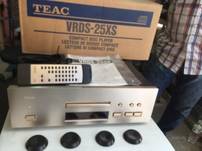 Bán chuyên CD TEAC 25XS hàng bải từ nhật về