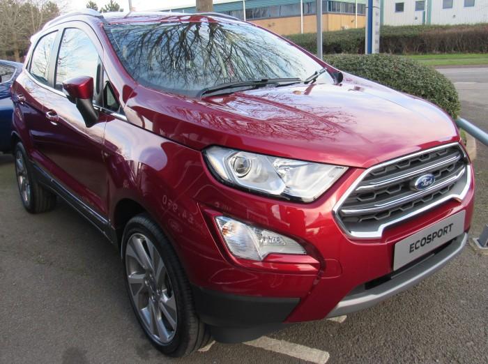 Ford Ecosport Titanium 2018 tặng bảo hiểm thân vỏ