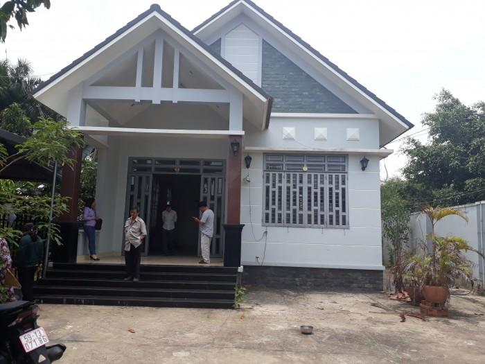 Cần bán biệt thự nhà vườn ngay BV Đa Khoa Củ Chi, LH chính chủ