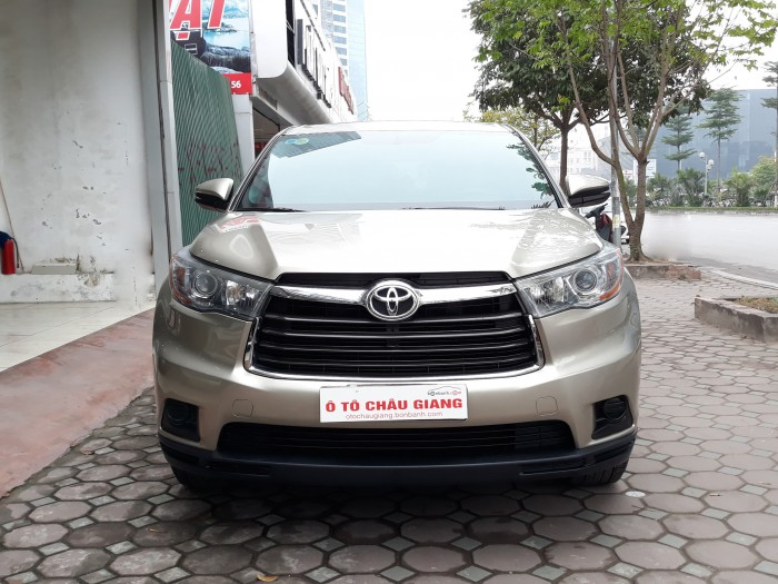Toyota Highlander LE 2.7L sx 2014