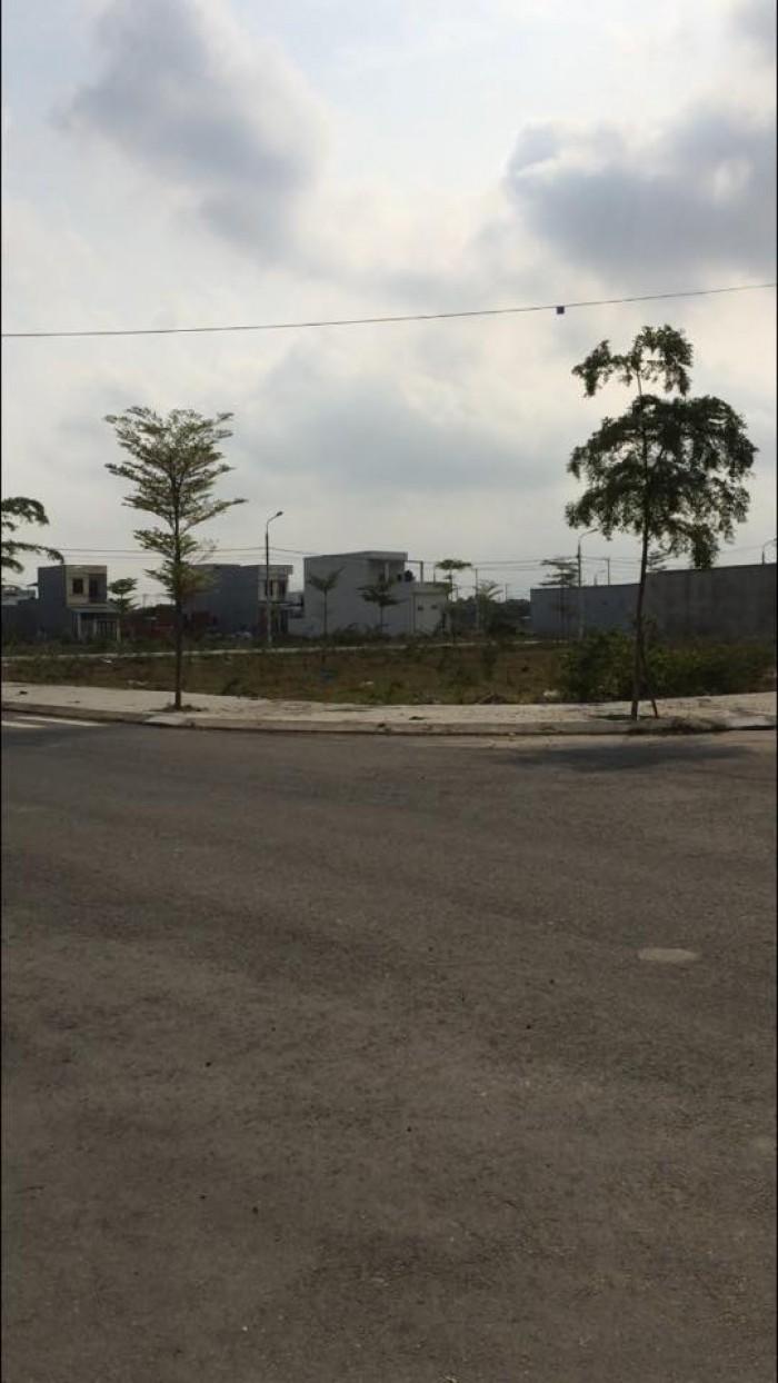 Bán lô góc 2 đường 7.5m khu dân cư CN Hòa Khánh đối diện công viên và chợ (shophouse đường 5)