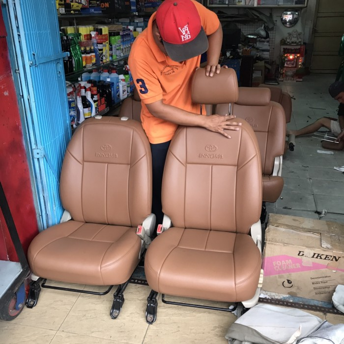 Bọc ghế da xe hơi cao cấp 2