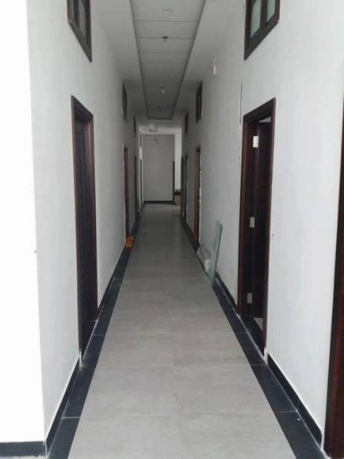 Cho thuê nhà nguyên căn MT Trần Hưng Đạo, Q.5, DT: 4.4x15m, 3 lầu, 60tr/ tháng