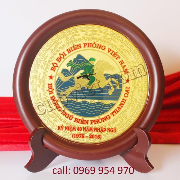 Đĩa gỗ đồng lưu niệm giá rẻ1