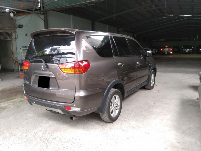 Cần bán xe Mitsubishi Zinger 2012 số sàn màu xám zin từ trong ra ngoài