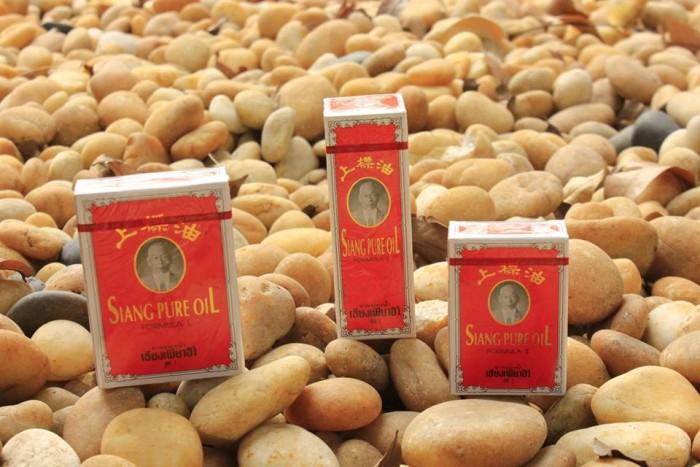 Bán dầu gió Siang Pure Thái Lan chữ vàng