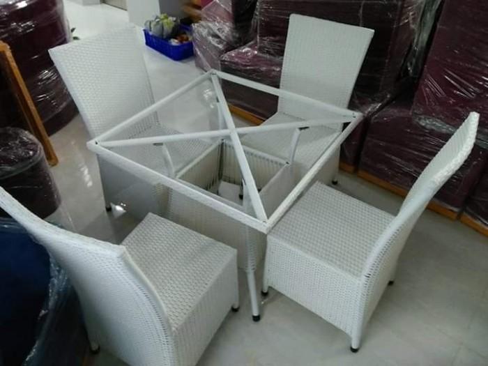 Bàn ghế cafe giá rẻ Htt010