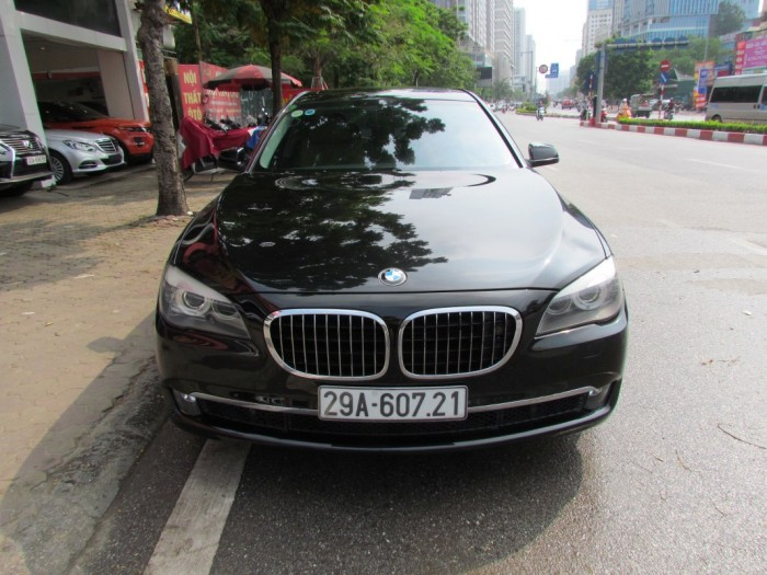 Bmw 750Li 2012 màu đen 4