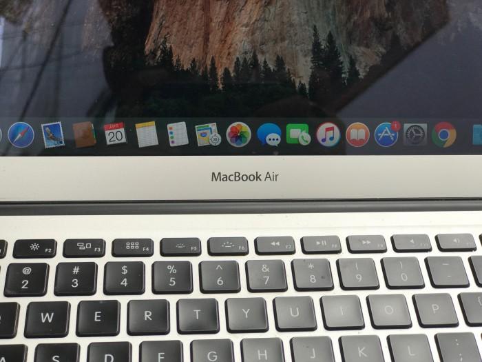 Macbook Air 2015 13in, i5 4G SSD256 Pin Khủng 5-10h Đẹp zin 100% Giá rẻ0