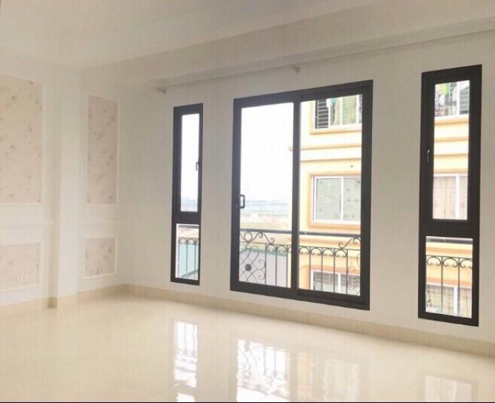 Bán nhà 2.4 tỷ (38m2-4 tầng) cuối đường Bà Triệu –Hà Trì, ngõ thông,oto đỗ cửa