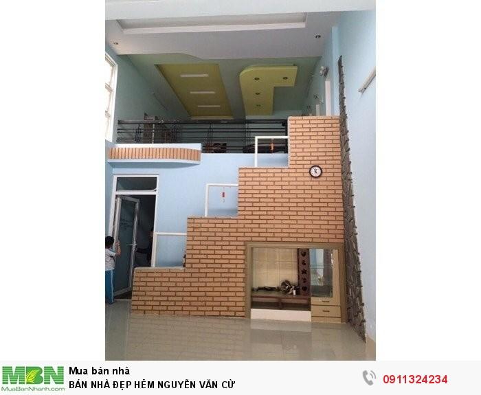 Cần bán nhà hẻm Nguyễn Văn Cừ