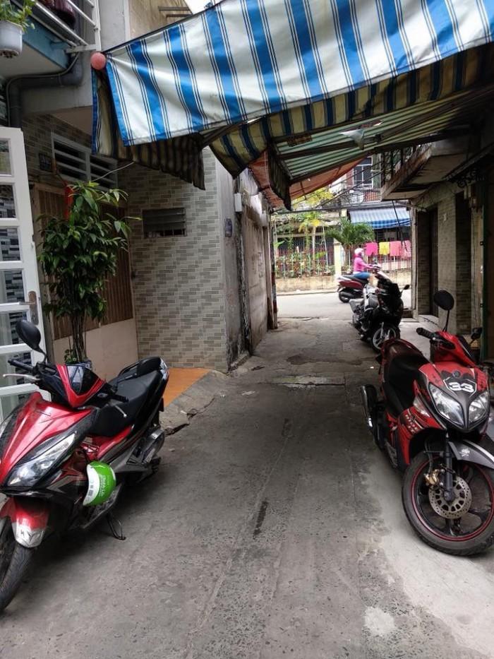 Hẻm xe hơi - Nhà đẹp - Giá siêu rẻ Phú Nhuận