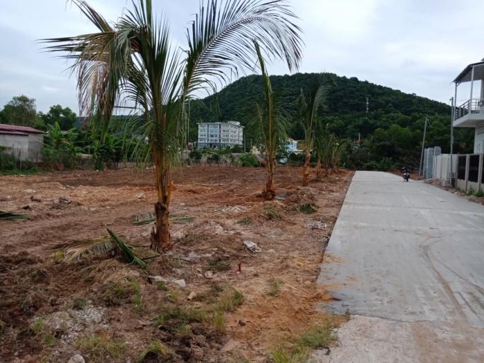 Đất nền ở Phú Quốc đang sôi sục với Siêu phẩm OCEAN LAND 13 tọa lạc đường Nguyễn Chí Thanh