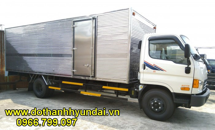 Hyundai HD120SL 8 tấn thùng kín 6m3
