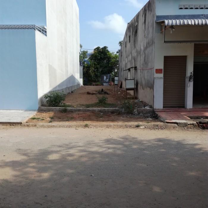 Đất Mt đường 12m giá 850tr đường Nguyễn Thị Định quận 2