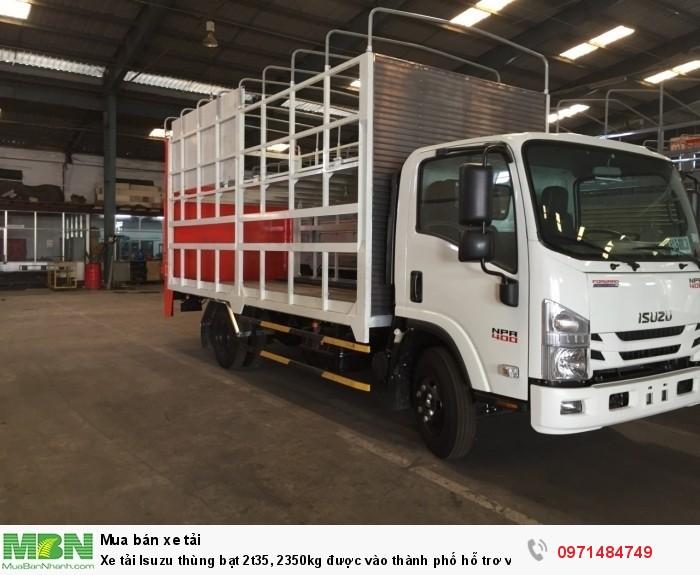 Xe tải  Isuzu thùng  bạt 2t35, 2350kg  được vào thành phố hỗ trơ vay trả góp 90% 2