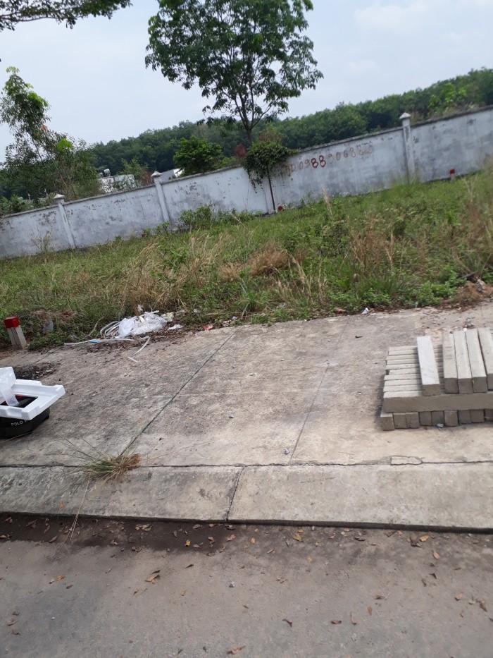 Đất đối diện KCN Đồng An 2