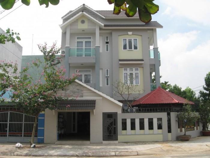 Bán gấp  nhà MT giá rẻ đường Bùi Thị Xuân Q1 SHR DT 15mx30m. Giá 29 tỷ