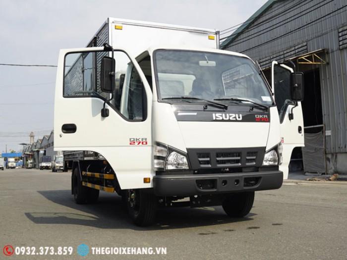 Giá xe tải Isuzu 1T9 - Isuzu .19T - Isuzu 2.2Tan - Thùng Kín - Lấy Ngay
