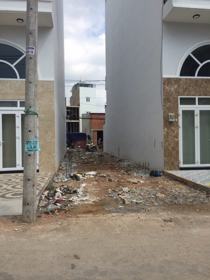 Bán đất 2 mặt tiền HXH Dương Quảng Hàm, Gò Vấp, DT 72m2