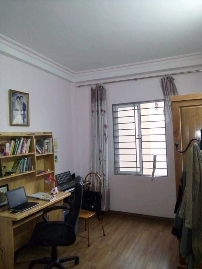 Nhà mặt ngõ 35 Cát Linh 25mX4t, MT 4m