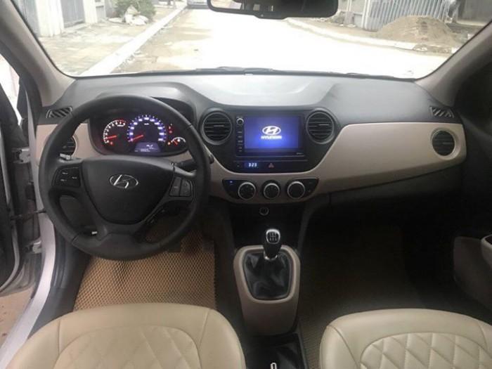 Cần bán xem Hyundai I10 bản 1,2 sedan 2016 số sàn màu bạc 1