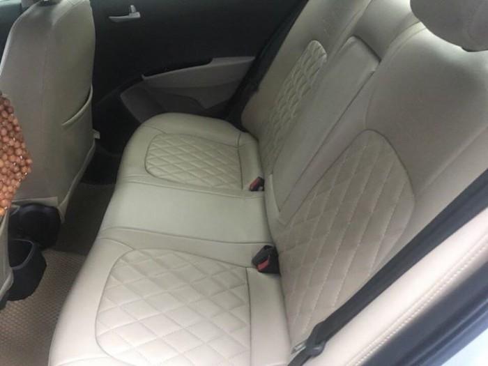 Cần bán xem Hyundai I10 bản 1,2 sedan 2016 số sàn màu bạc 0