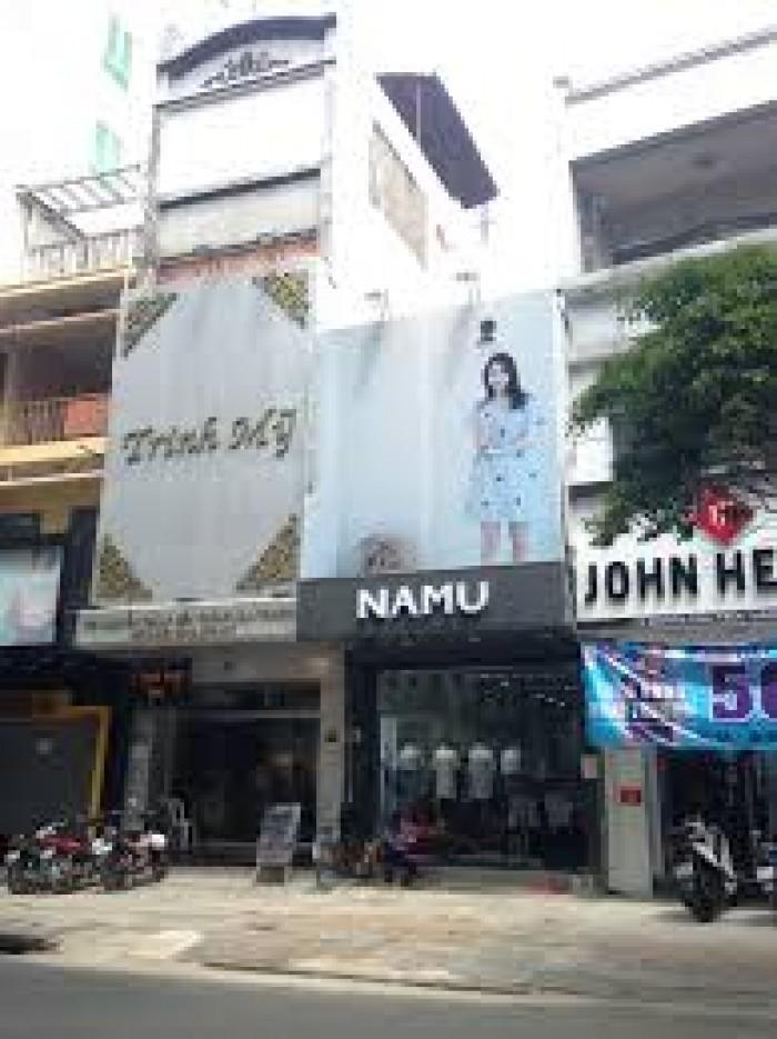 Bán nhà MT Nguyễn Đình Chiểu, Q. 3, 6.5x15m, 3 lầu.