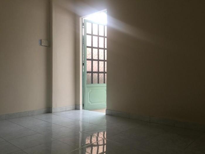 Nhà ngay ngã tư Bảy Hiền, rộng 107m2 nhà nát đầu tư xây sửa bán vì giá quá rẻ, nở hậu.