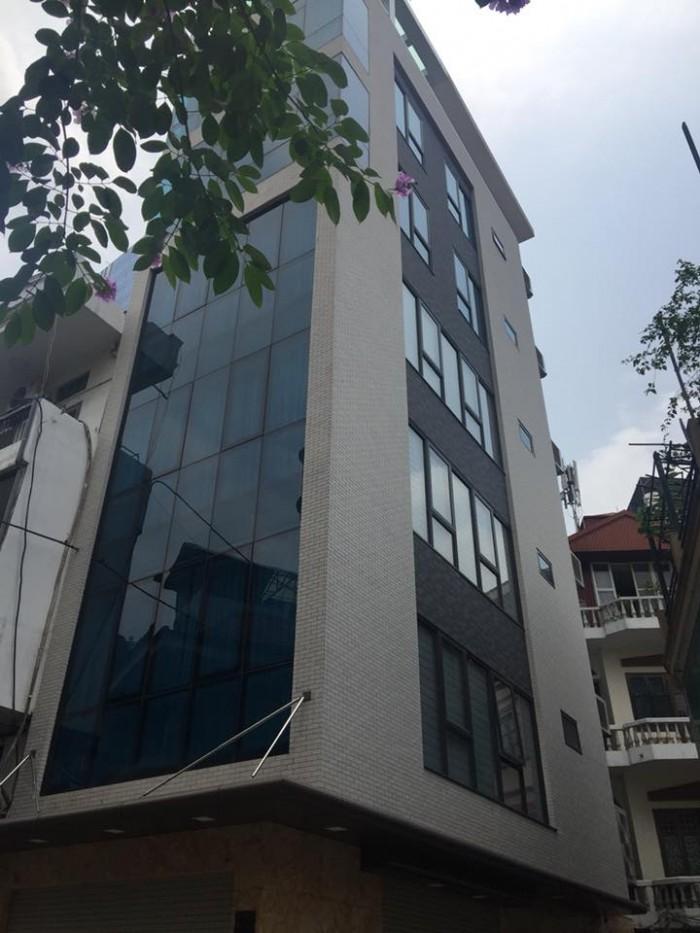 HOT HOT bán gấp mặt phố Nguyễn Chí Thanh, Ba Đình 70m, 7T