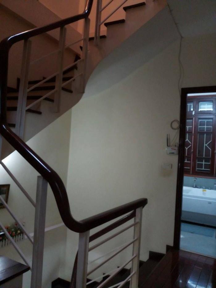 Bán nhà Thái Hà, 300m2 x 4 tầng, mặt tiền 9m, giá 150tr/m2