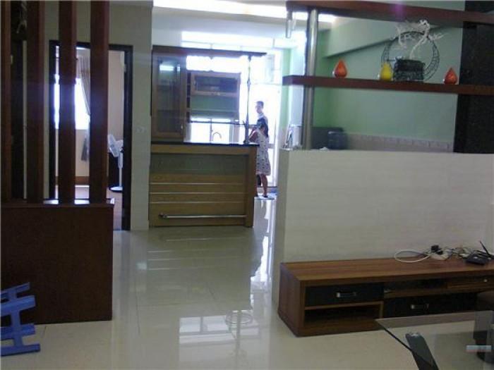 Bán gấp nhà mặt tiền Nguyễn Oanh, 60m2, 3 tầng 11 tỷ.