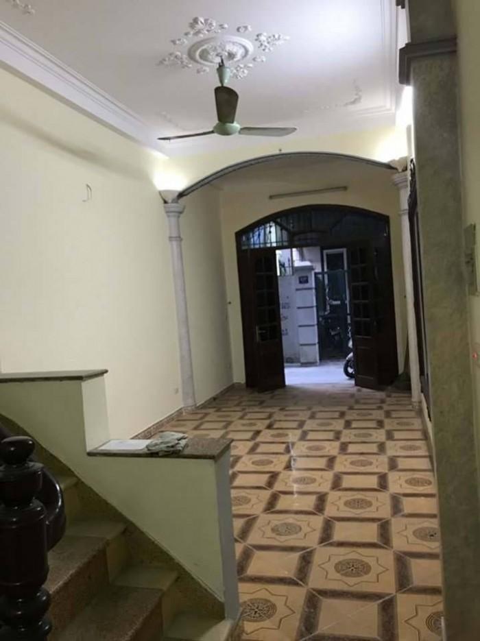 Bán đất Lạc Trung ô tô đỗ cửa 45m2 mặt tiền 6m