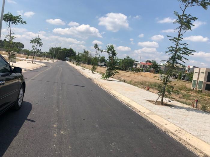 Đất nền mặt tiền đường Lê Duẩn, ngay cạnh bên hông tường huyện ủy huyện Trảng Bom