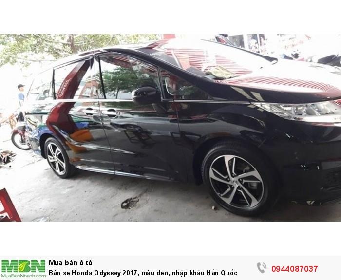 Bán xe Honda Odyssey 2017, màu đen, nhập khẩu Hàn Quốc