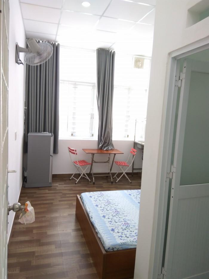 Cho thuê phòng cao cấp full nội thất đường Nguyễn Hữu Cảnh,Q.BT
