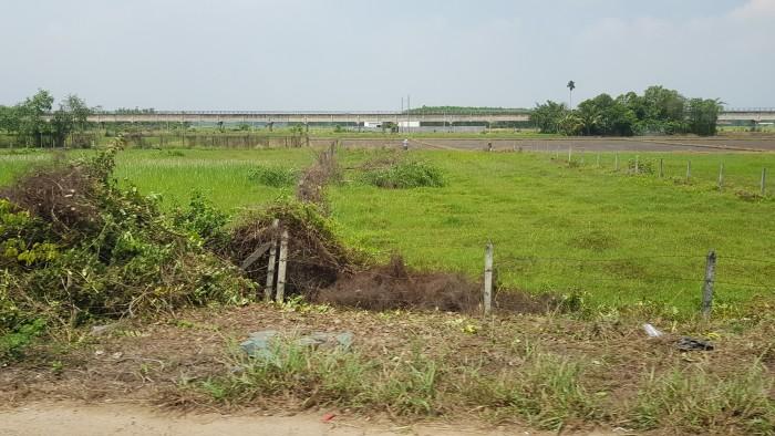 Chia tài sản bán gấp đất thổ cư đường Liên Phường 416m2 giá 4,49 tỷ