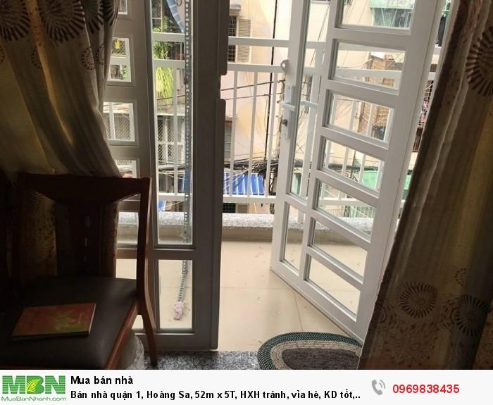 Bán nhà quận 1, Hoàng Sa, 52m x 5T, HXH tránh, vỉa hè, KD tốt, giá 15.9 tỷ.