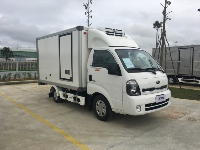 Bán xe Kia  K250 thùng mui bạt, K250 thùng kín tải 1,4 tấn và 2,4 tấn đời 2018 0